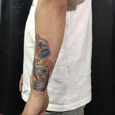 手臂夏日彩色纹身-缩略图