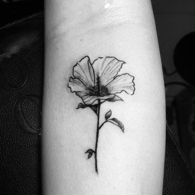 手臂一束花纹身-缩略图