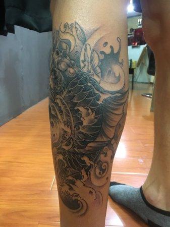 腿部大鱼海浪组合纹身-缩略图