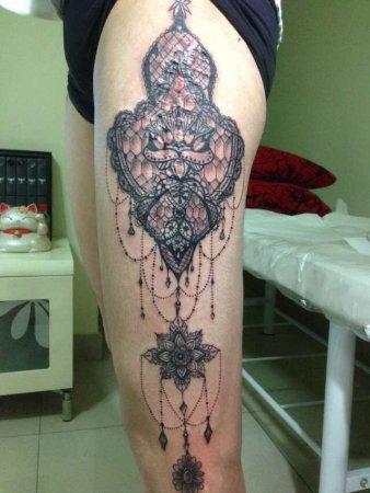 腿部图案组合纹身-缩略图